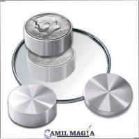 Caja Boston con Macizo Aluminio Medio Dolar por Camil Magia